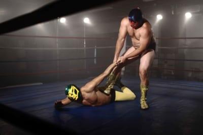 アマチュアレスラーがロープからのジャンプで両脚骨折 切断の危機に直面