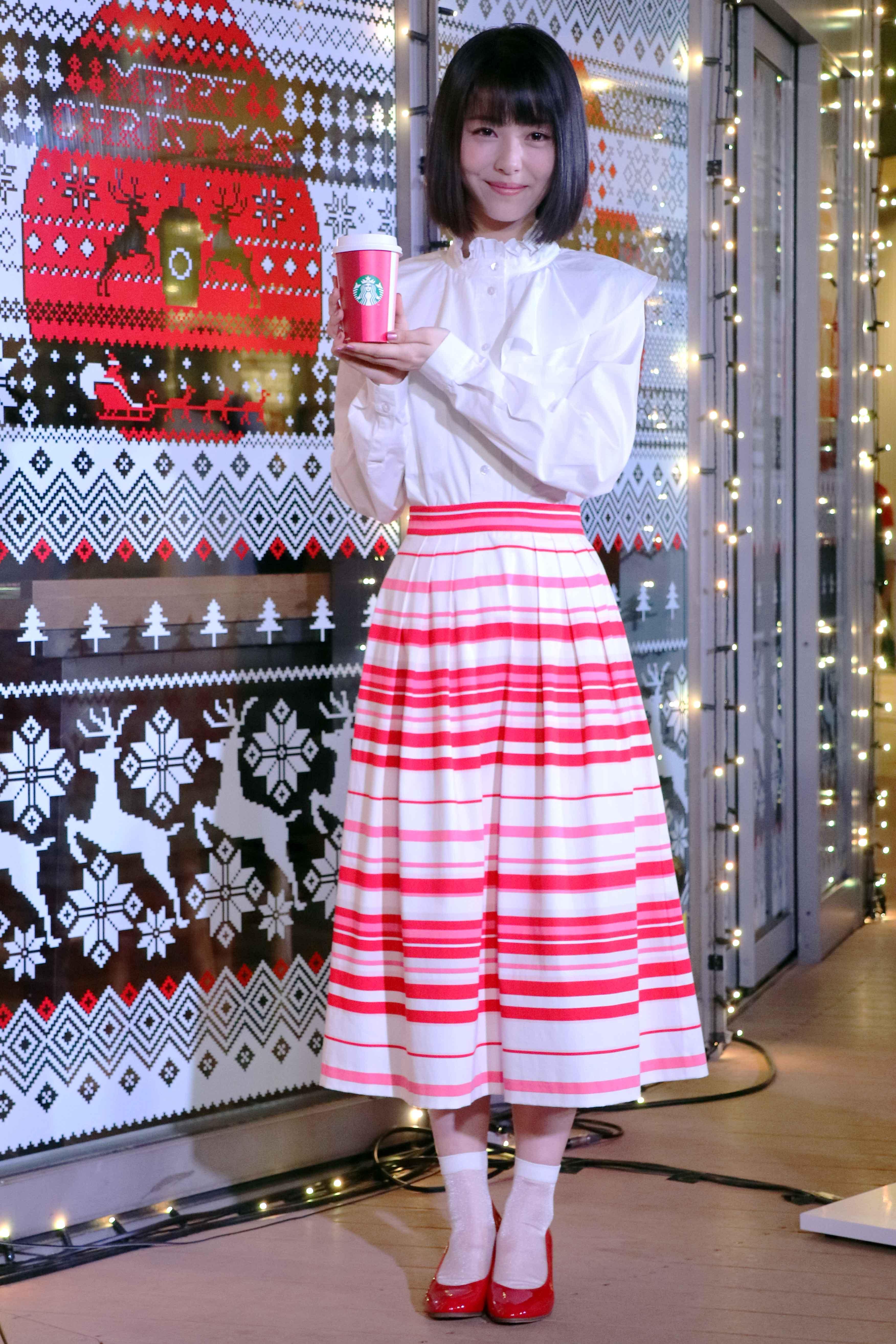 映画新人賞総なめの女優・浜辺美波、今年のクリスマスの予定は… 「周りのスタッフさんと」 - 浜辺美波