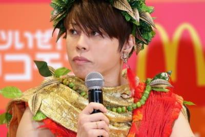 西川貴教の筋肉に驚きの声続出 「50歳に見えない」「彫刻みたい」