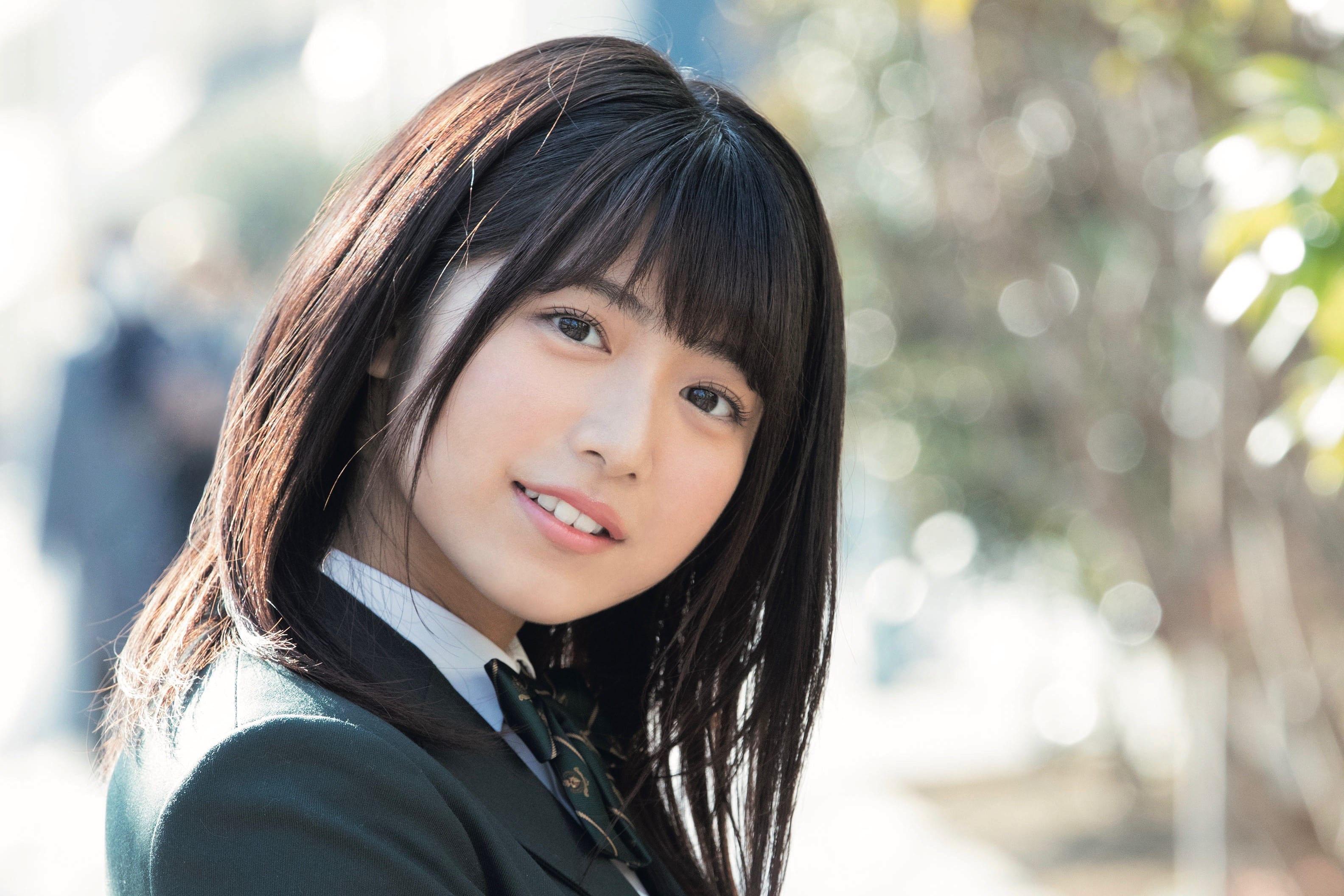 吉田莉桜 高1ミスコングランプリの現役女子高生・吉田莉桜 『少年サンデー』で貴重な水着ショット – ニュースサイトしらべぇ