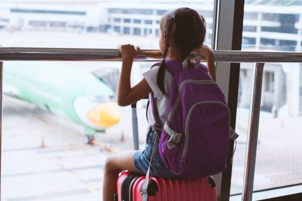 少女・旅行