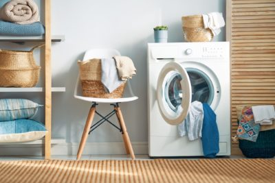 洗濯機のカビ増殖やニオイを防ぐ方法 花王の解説が「盲点だった」