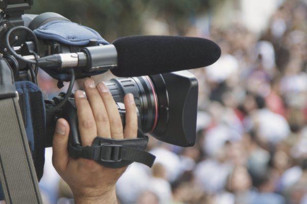 ビデオカメラ/ディレクター