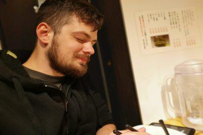 元アメリカ空軍兵士が日本で念願の「カツカレー」を食べた結果