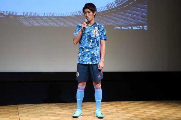 遠藤渓太選手