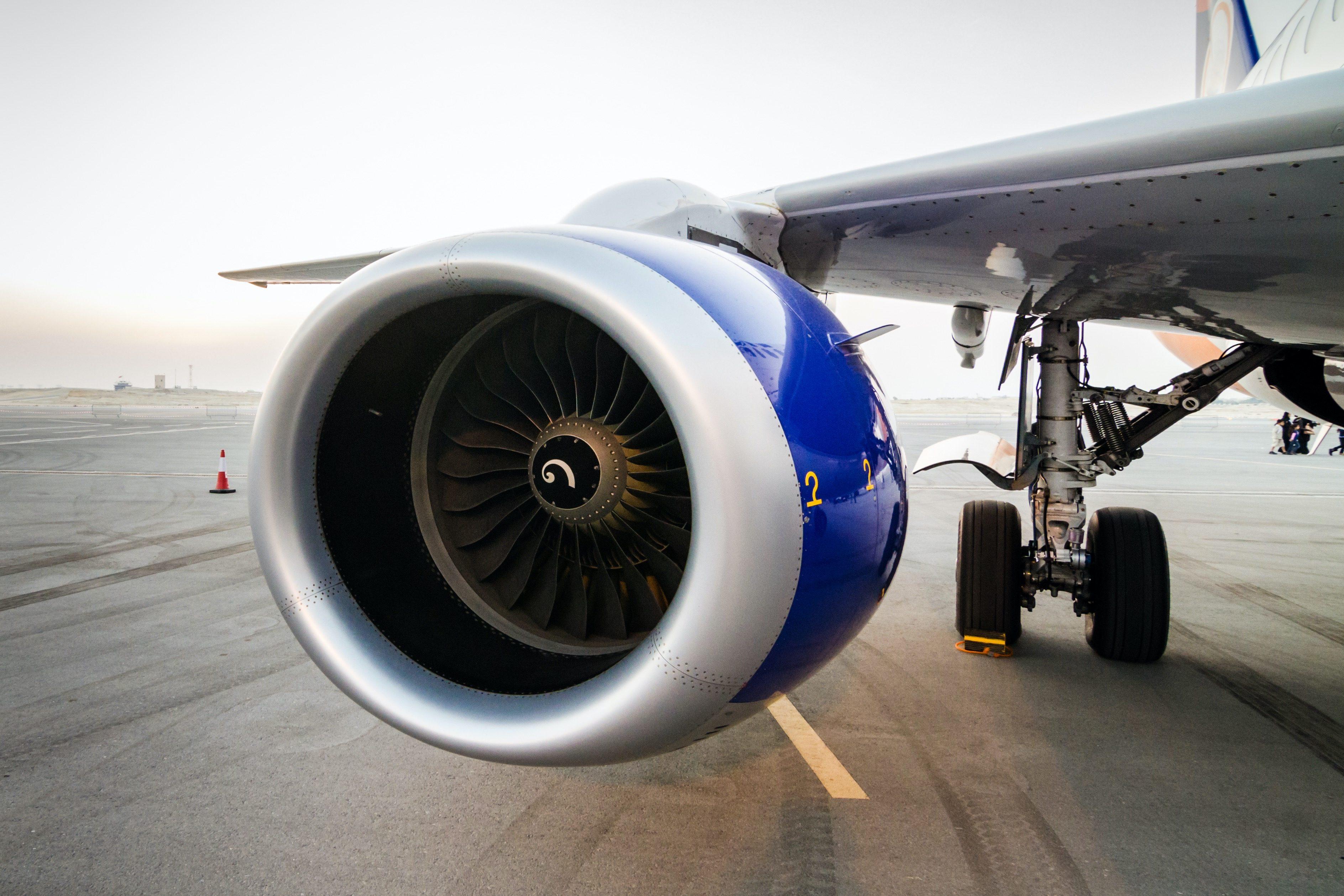 飛行機・エンジン