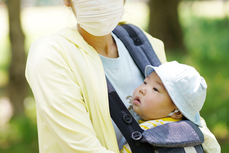 マスクをしながら抱っこ紐