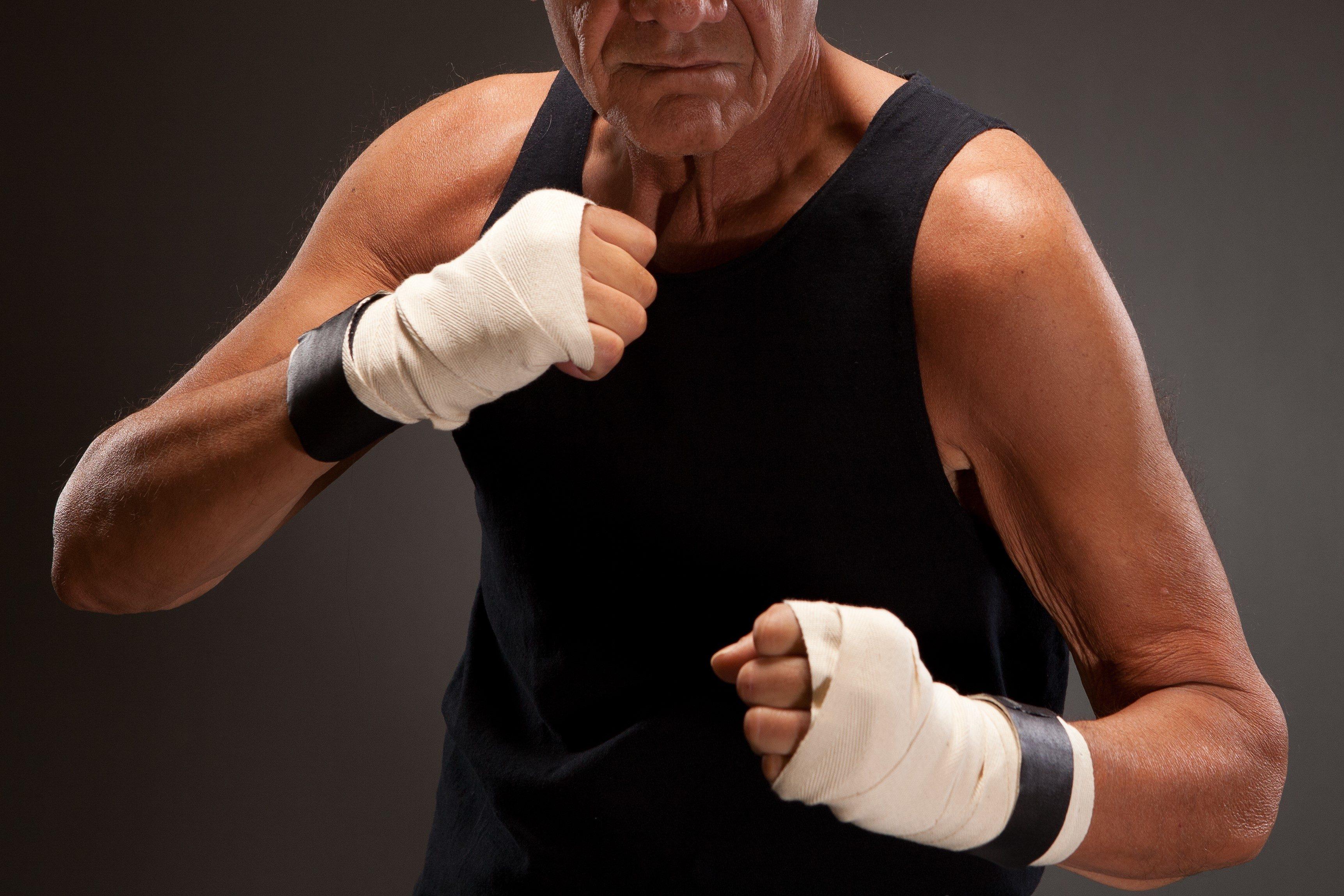 老人・男性・筋肉