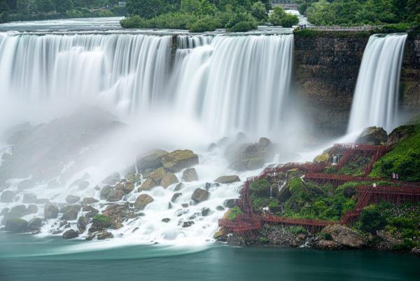 ナイアガラの滝・ブライダルベール滝・ルナ島