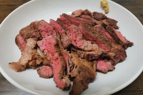 超人気シェフが教える「ステーキの焼き方」がスゴい スーパーの肉が最高の味に