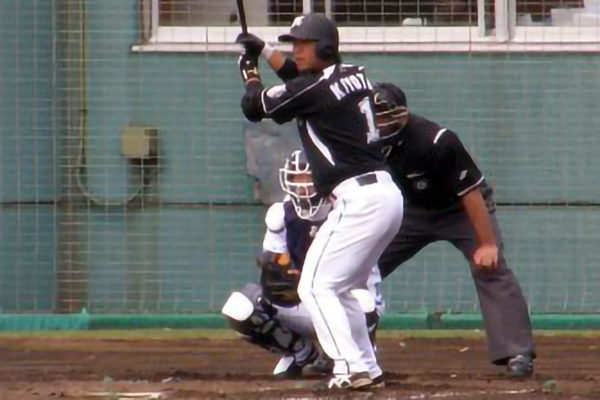 ロッテ・清田育宏選手が契約解除 移籍先がネット上で議論に