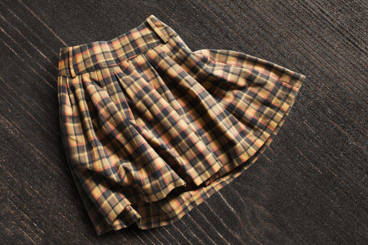 スカート・プリーツスカート