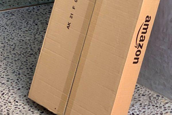 Amazon配達員が「毎回見ている光景」に反響相次ぐ 段ボール横にあったのは…