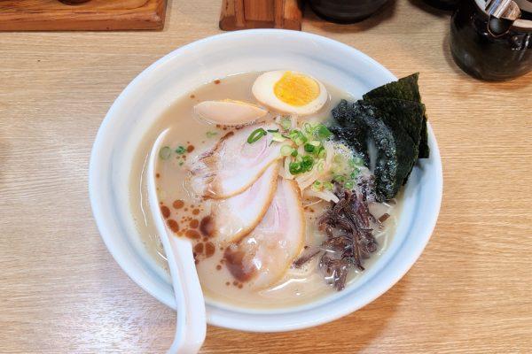 替玉が無限に食べられるラーメン店「光醤」 コク深いスープも最高だった