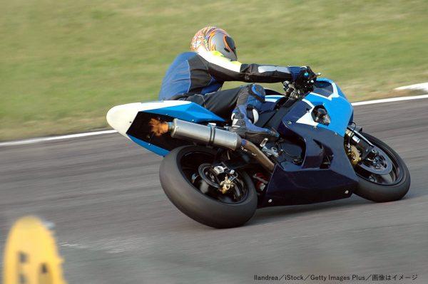 オートバイク・レース・レーサー・サーキット