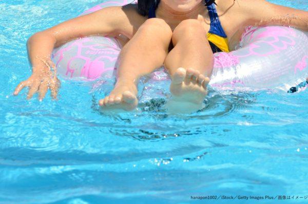 プール・浮き輪・少女・女の子