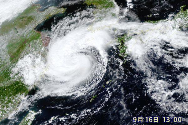 列島直撃が予想される台風14号、広範囲での暴風と大雨に注意 気象予報士が解説