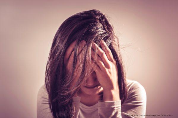 女性・泣く・涙・うつ・鬱