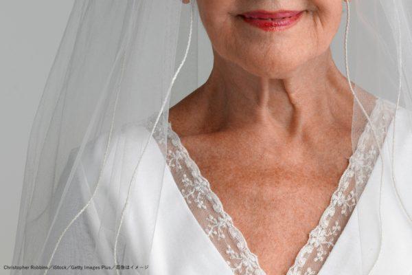 ウエディングドレス・高齢女性